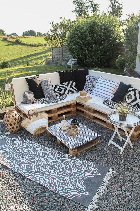 Inspiracje na meble ogrodowe DIY